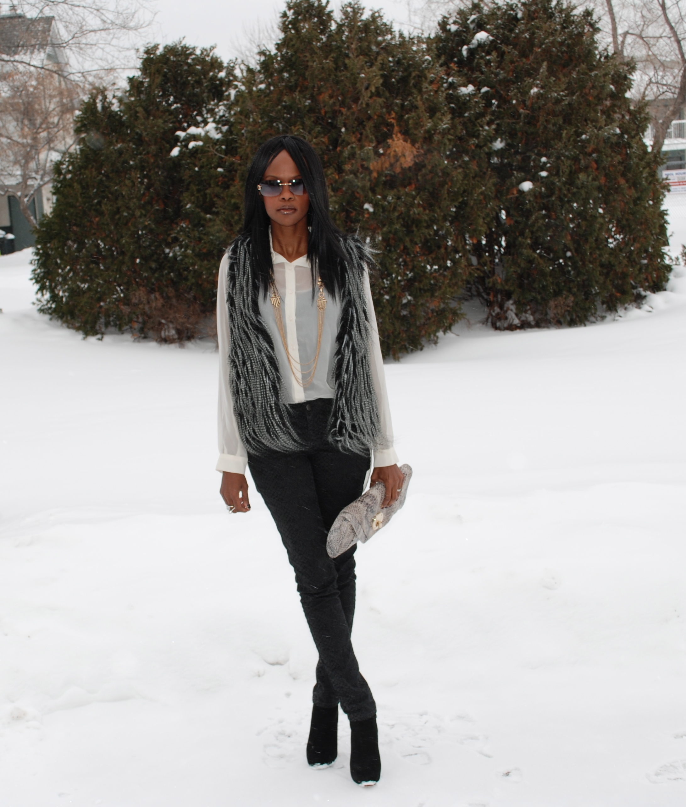 Faux fur vest full shot