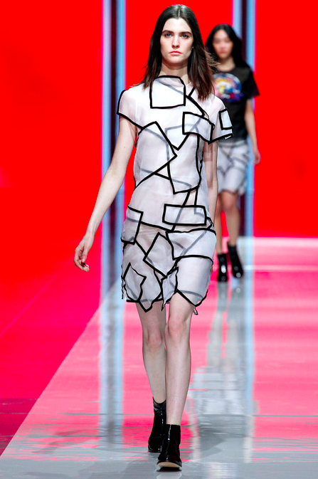 Christopher Kane Fall 2013 RTW 3
