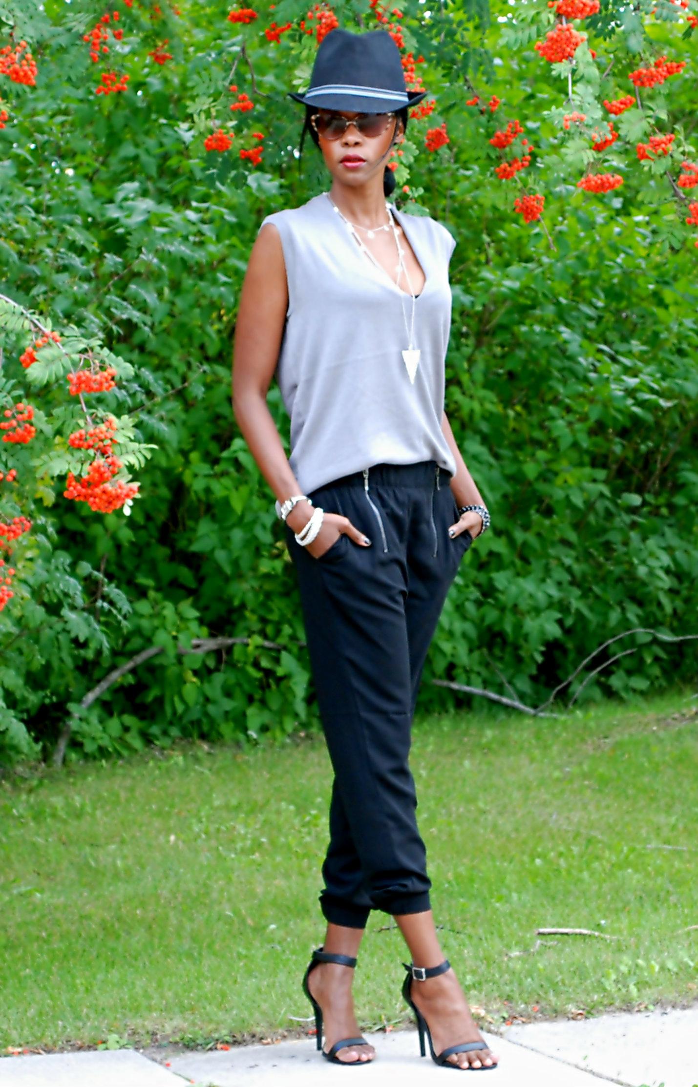 Burgundy blazer & zipper pants ootd 7